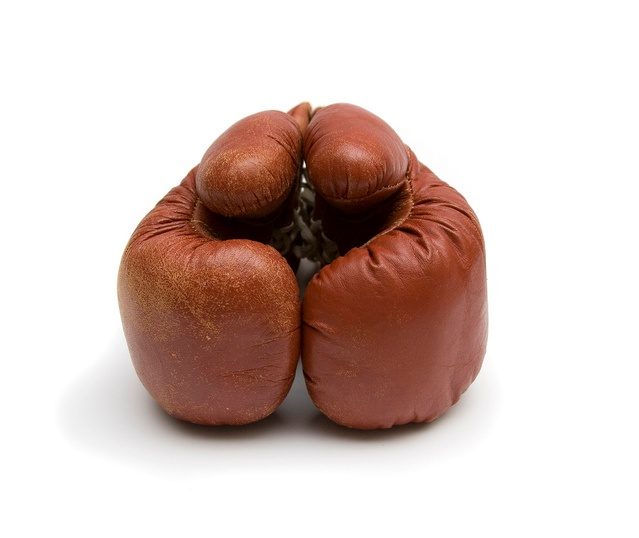 boxing-gloves-1431390-639x537.jpg