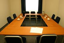 conference-room-1544074-639x426.jpg