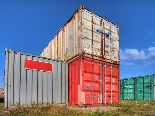 containers-hdr-1161147-639x478.jpg