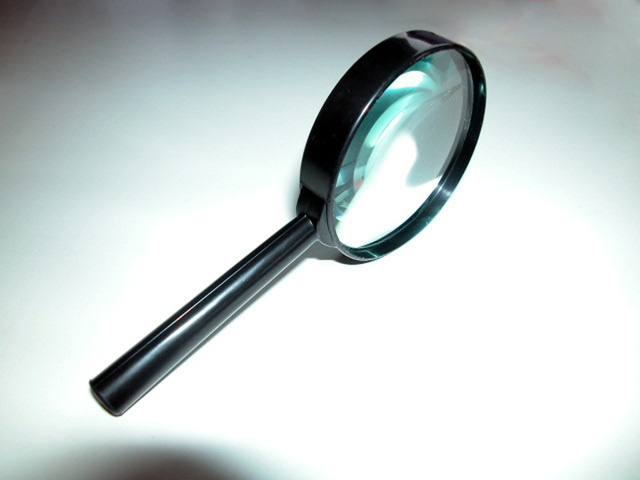 magnifying-glass-1254223-640x480.jpg