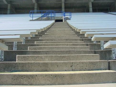 stadium-stairs-1525161-640x480.jpg